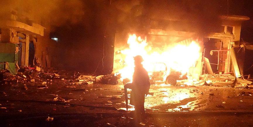 Halep'te pazara bombalı saldırı! Onlarca ölü var