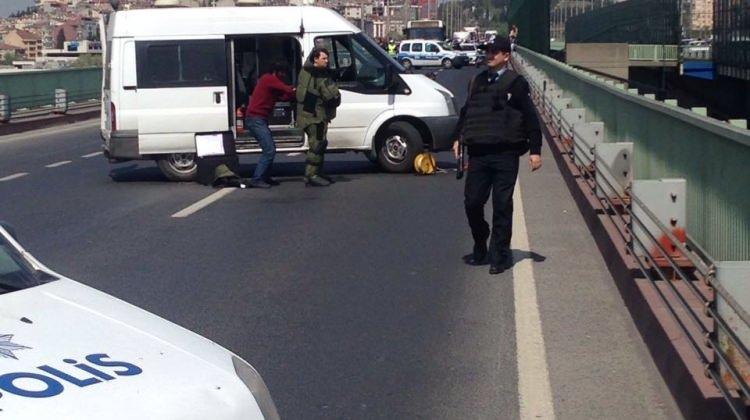 Haliç'te bomba alarmı: Köprü trafiğe kapatıldı!