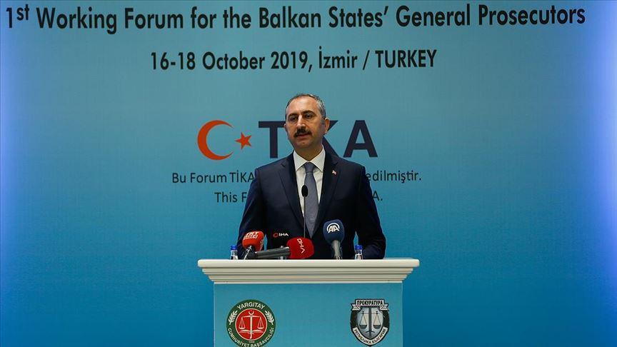 'Halkbank'ın yargı süreci hukuki olmaktan ziyade siyasi temellere dayalı'