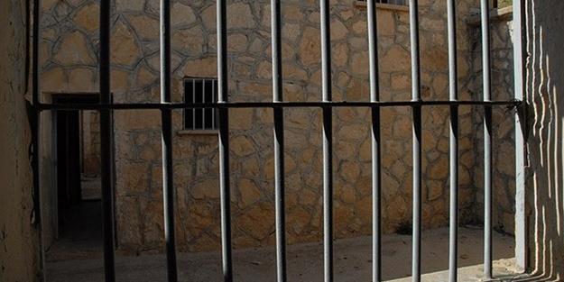 Hangi mahkum ev hapsi yatacak? Kimler cezalarını evde çekecek?