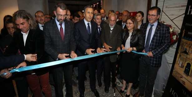 Haremeyn Sergisi Gaziantep'te açıldı