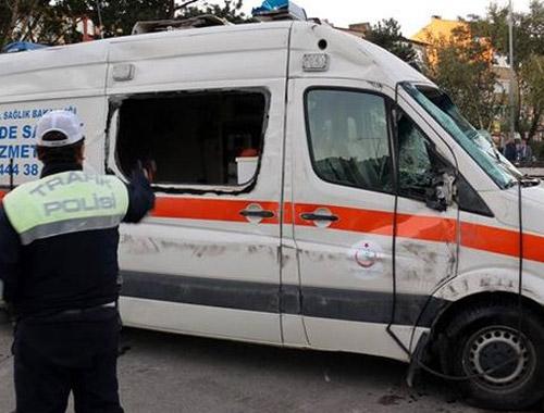 Hasta taşıyan ambulansa çarptı! Yaralılar var!