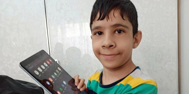 Hayaline kavuşan 10 yaşındaki Rızgar, sevinçten ağladı