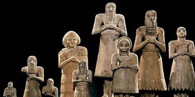 Hazreti İbrahim (AS)'ın putperestlerle mücadelesi: Kendilerini kırılmaktan koruyamayan putlara neden tapıyorsunuz?