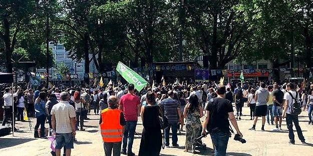 HDP Almanya'da rezil oldu: Mitinge sadece bin kişi katıldı