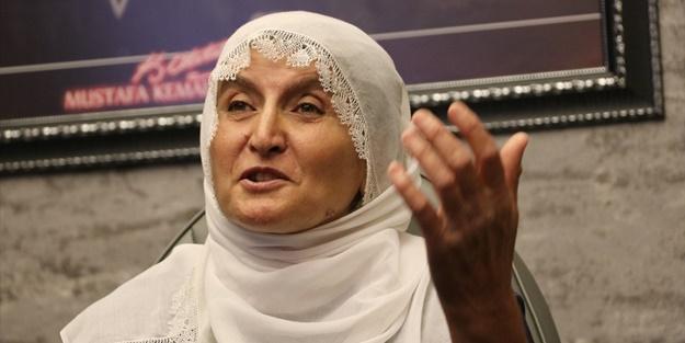 HDP önünde eylem başlatan Hacire Anne'nin mutlu günü