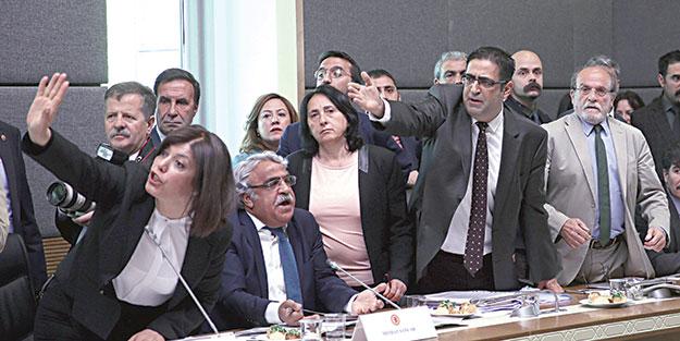 HDP şiddetten besleniyor