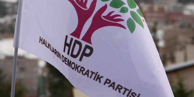 HDP'de çatlak! Kendi partisine zehir zemberek sözler