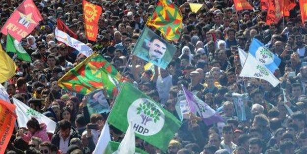 HDP'nin işi gücü PKK'ya hizmet! Öcalan için bakın kime ağladılar