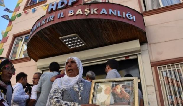 HDP'ye isyan gün geçtikçe artıyor