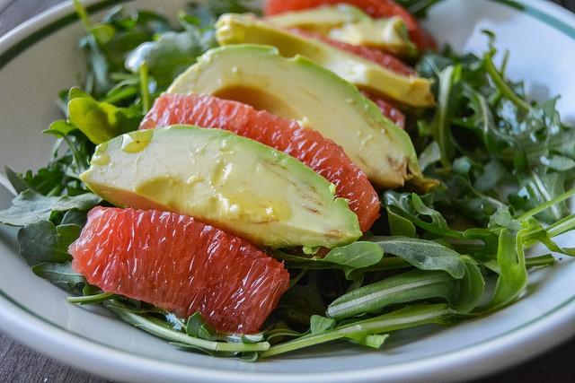 Hem lezzetli hem sağlıklı: Detoks greyfurt salatası