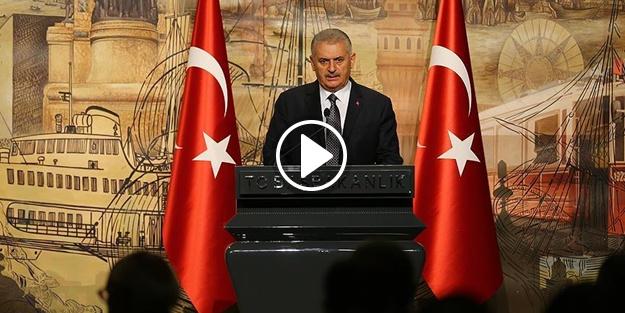 'Hiçbir terör örgütü Türkiye Cumhuriyetini esir alamaz'