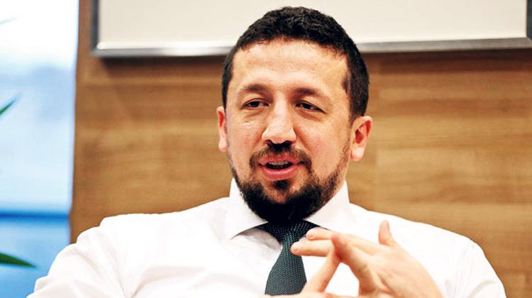 'Hidayet Türkoğlu bir kaç yıl daha oynayabilirdi'