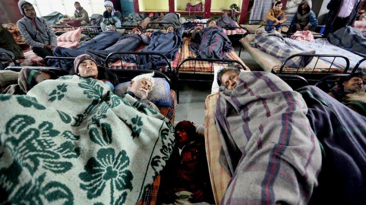 Hindistan'da 187 kişi soğuktan hayatını kaybetti
