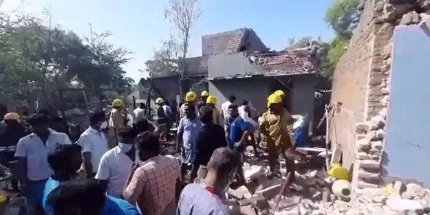 Hindistan'da patlama: Ölü ve yaralılar var
