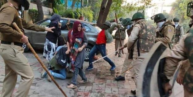 Hindistanlı Müslümanların geleceği tehlikede!