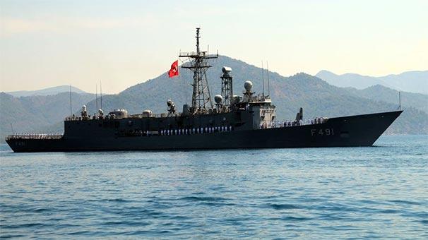 Hint Okyanusu'nda Yunan ticaret gemisinin yardım çağrısına Türk fırkateyni yetişti