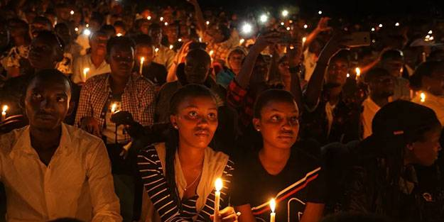 Hollanda Ruanda soykırımı şüphelisini iade etti