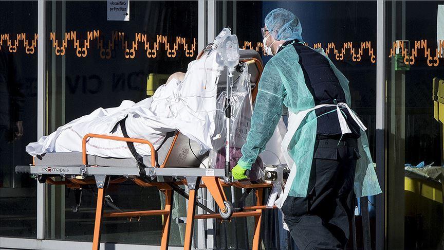 Hollanda'da Kovid-19'dan ölenlerin sayısı artıyor