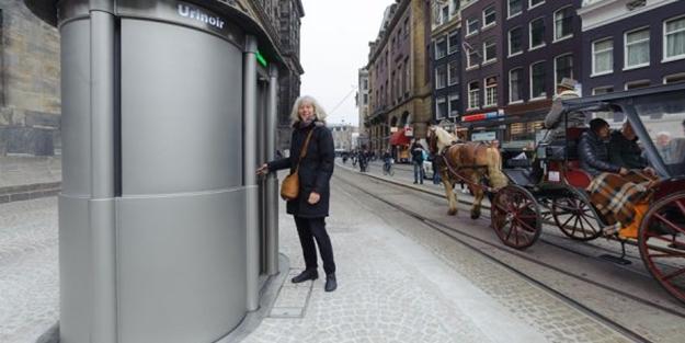 Hollanda'da Ulusal Çiş Günü: Daha fazla tuvalet istediler