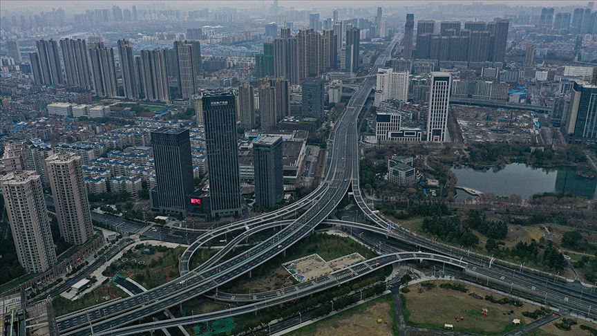 Hong Konglu milyarderden Vuhan'a yaklaşık 18 milyon dolar yardım