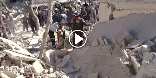 İdlib'de çarşı ve okul bombalandı