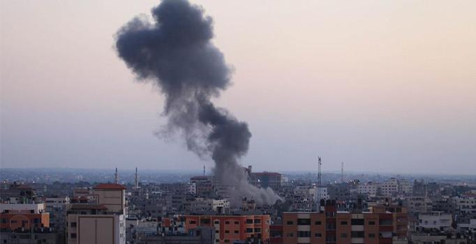 İdlib'de hava saldırısı: 5 kişi öldü