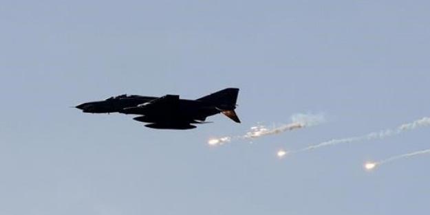 İdlib'te hava saldırısı: Çok sayıda ölü ve yaralı var