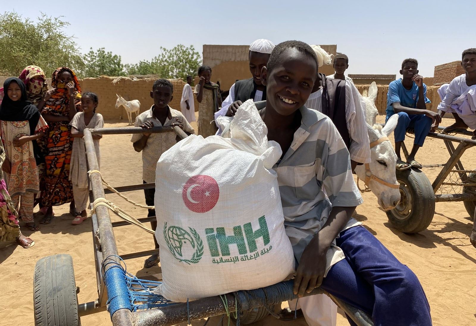 İHH'dan 2 milyon mağdura Ramazan yardımı