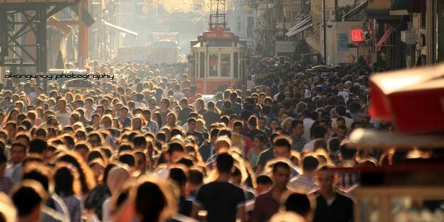 İHH'dan korkutan uyarı: 13 milyon gencimiz korumasız durumda