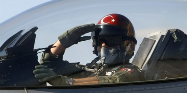İhraçların ardından TSK'da pilot krizi!