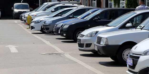 İkinci el otomobil fiyatları yükselmeye devam ediyor