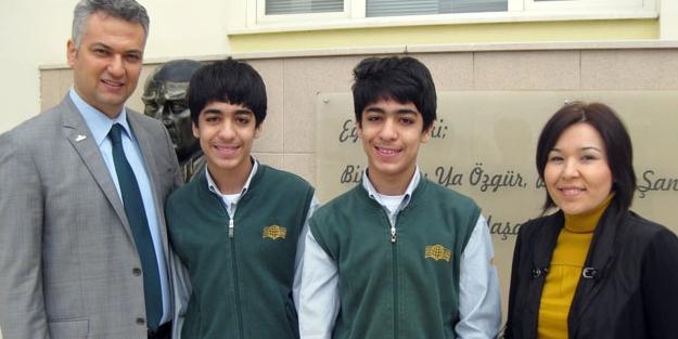 İkiz kardeşlerin TEOG başarısı