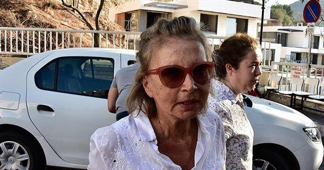 Ilıcak'ın da aralarında bulunduğu 6 gazeteci tutuklandı