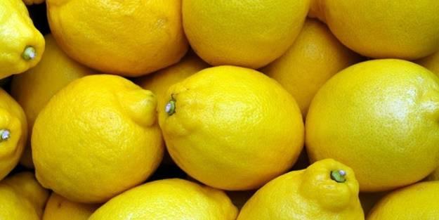 Ilık suya limon eklerseniz... Bu sıkıntıya birebir!