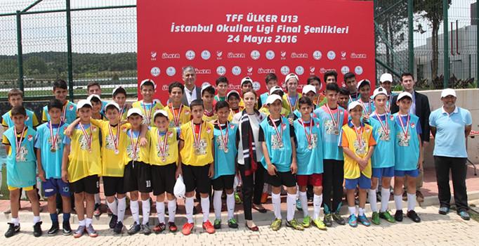 İlk defa düzenlenen İstanbul 13 Yaş Okullar Ligi tamamlandı