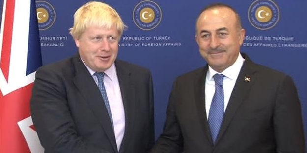 İngiliz Dışişleri Bakanı'nı köşeye sıkıştıran soru