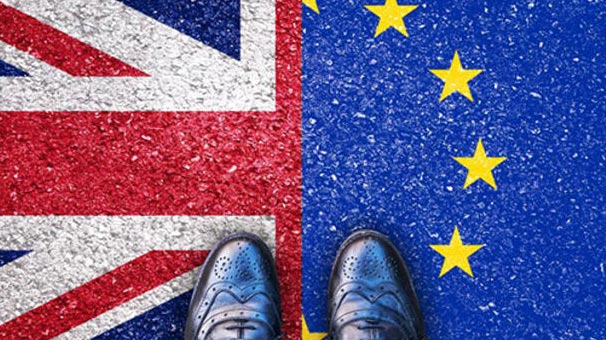 İngiltere Avrupa Birliği vatandaşlarını sınır dışı mı edecek?