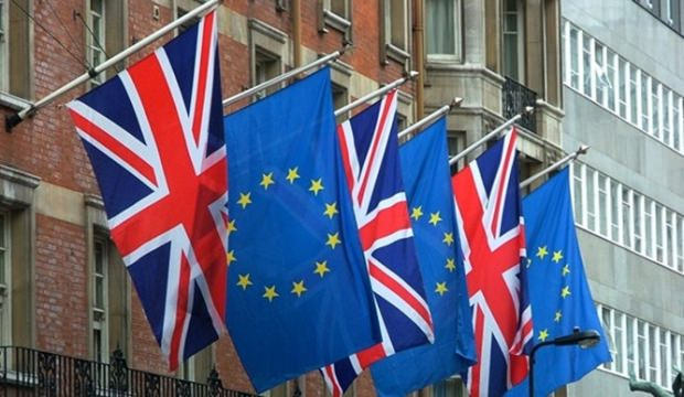 İngiltere erken seçimle karşı karşıya
