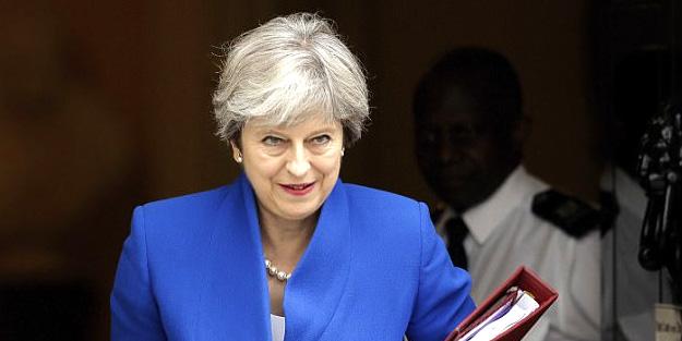 İngiltere Suriye'ye askeri müdahaleye hazır