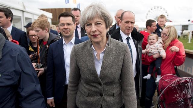 İngiltere'de anketlerde Theresa May açık ara önde