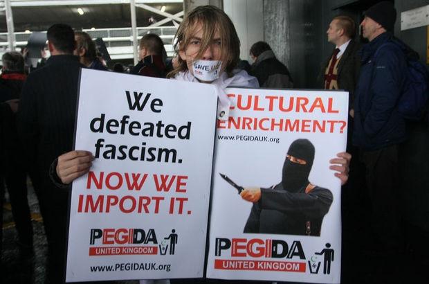 İngiltere'de islam karşıtı gösteri