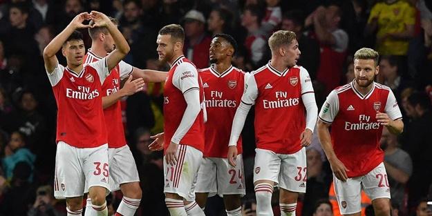 İngiltere'de kupa heyecanı! Arsenal rahat turladı, Tottenham kayboldu