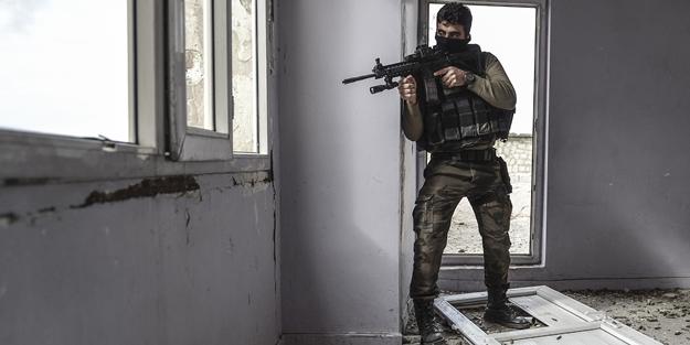 İnlerine girildi 38 hain öldürüldü