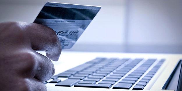 İnternetten alışveriş yaparken sakın bunu yapmayın! Uzmanlardan kritik uyarı