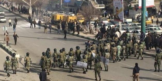 İran askerlerine bombalı saldırı!