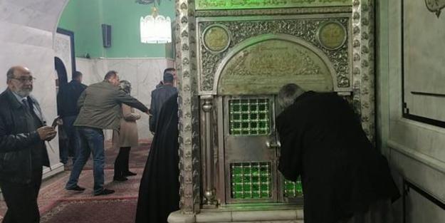 İran çığırında çıktı; Camileri hüseyniyeye dönüştürüp, ezanı değiştirdiler!