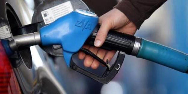 İran'da benzine zam yapıldı