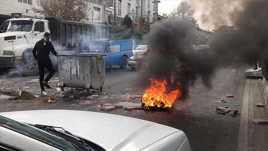 İran'da internet yasağı güvenlik sağlanana kadar devam edecek