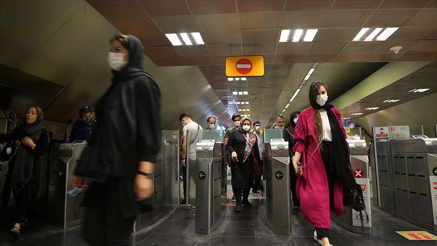 İran'da Kovid-19 ölümleri 15 bin 484'e yükseldi